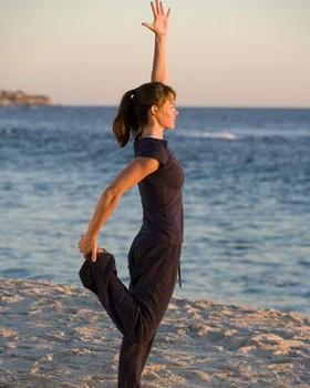 simple variation jof king dancer pose