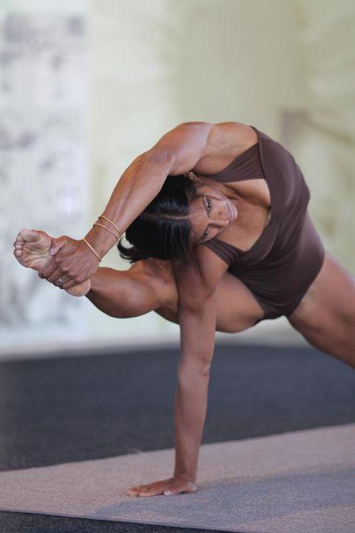 yoga022